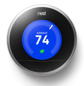 Der Nest Thermostat läßt hoffen, dass dort bal auch ein schöner Rauchmelder nachkommt (Bild: © 2013 Nest Labs )