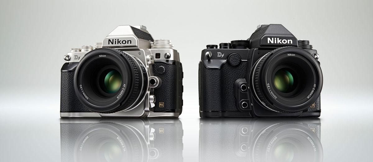 Die Nikon Df in Schwarz und Schwarz/Silber (Bild: © Nikon GmbH)