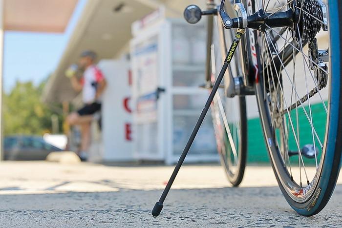 Fahrradständer fürs Rennrad - The Upstand (Bild: Kickstarter/ © Garrett Blake)