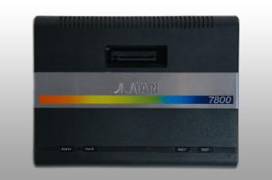 Atari 7800 aus dem Jahr 1986