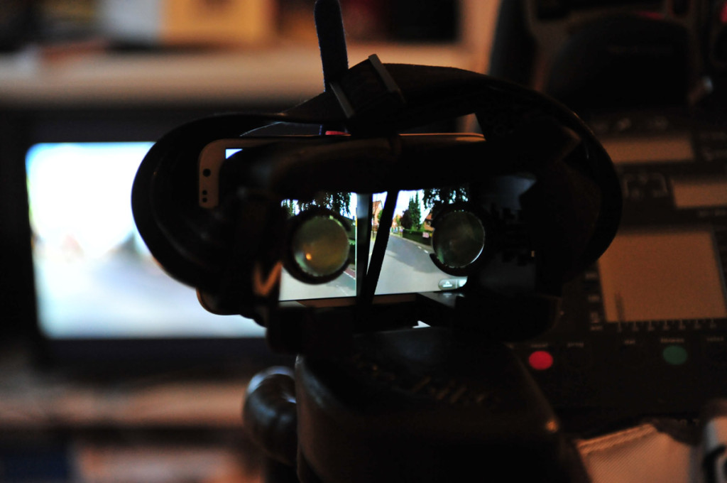 Dvie mit Galaxy Note 2, gekoppelt via Splashtop. Das RLV-Video wurde auf Side-by-Side umgewandelt. Los kanns gehen.