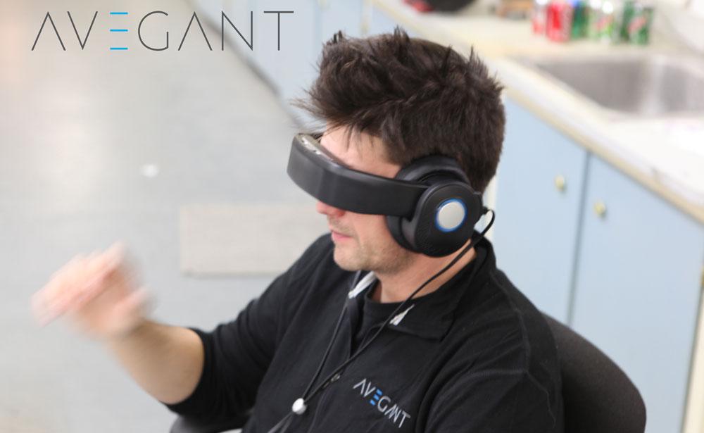 Die Alphaversion der Avegant Glyp VR-Brille. Ich hatte Geordie La Forge anders in Erinnerung. (Bild: © Avegant)
