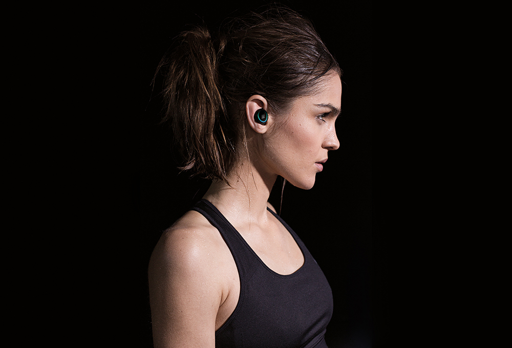 Kleiner Knopf im Ohr... sieht ja nicht schlecht aus. (Bild: ©Bragi)