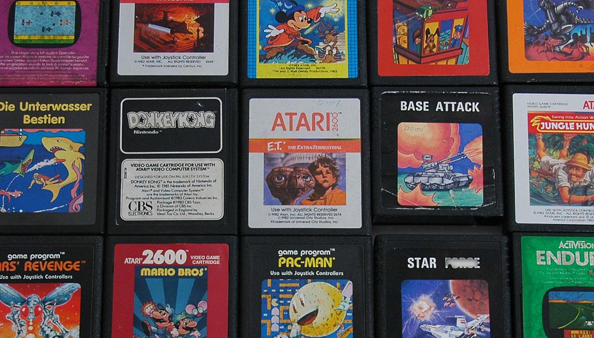 Eins der schlechtesten Spiele aller Zeiten: E.T. The Extra-Terrestrial - ja, auch ich hatte es in meiner Sammlung (Bild: © miy.de)