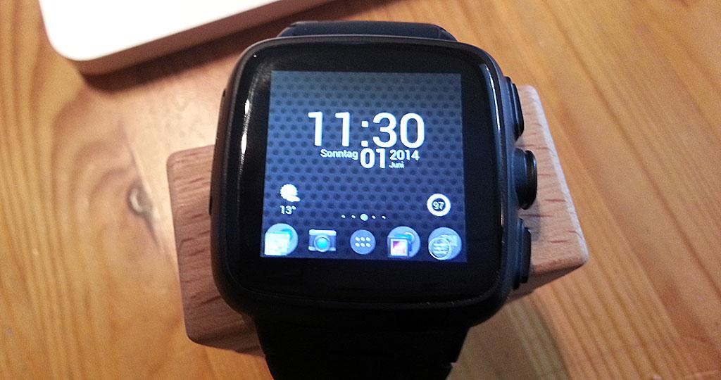 Omate Truesmart Smartwatch mit Apex-Launcher (Bild: © O.Thiele)