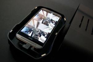 Was da wohl für Smartphonemodelle reinpassen?  (Bild: © visus)