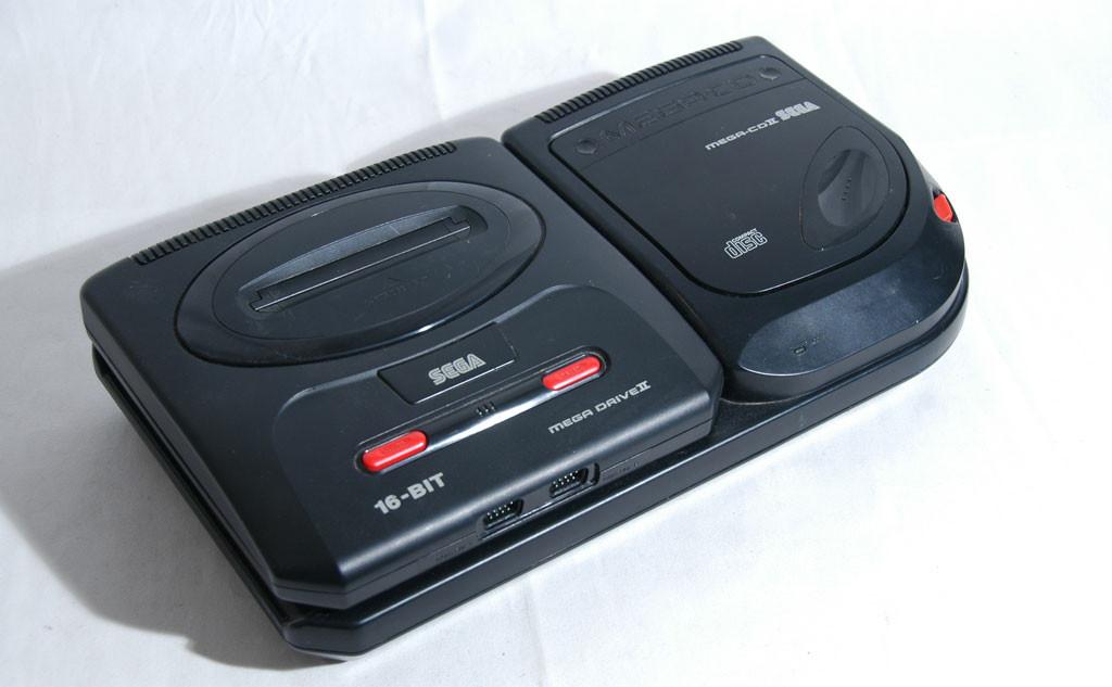 Mein guter alter Megadrive II mit Mega CD II - wenn ich den noch hätte... (Bild: © O. Thiele)