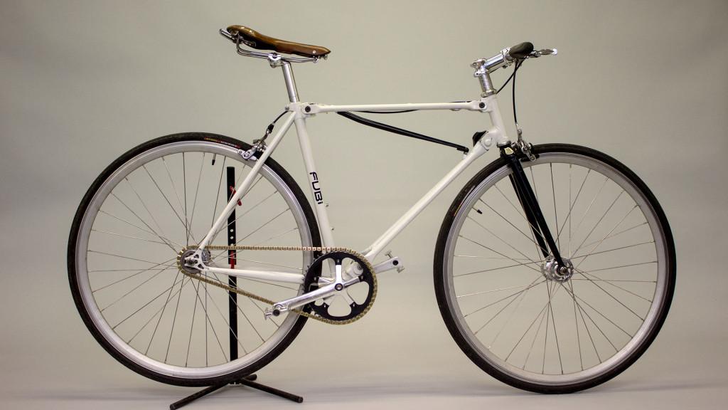 Auf dem ersten Blick nicht von einem normalen Rad zu unterscheiden - das FUBi fixie Faltrad (© fubifixie.com)