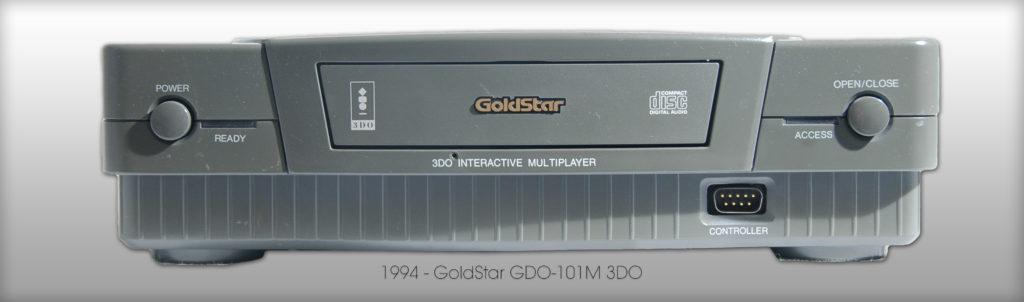 Eine Konsole mit 3DO-System darf in keiner Sammlung fehlen - GoldStar GDO-101M 3DO von 1994. (Bild: © Oliver Thiele / miy.de)